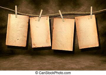 afflitto, libro, pagine, portato, appendere