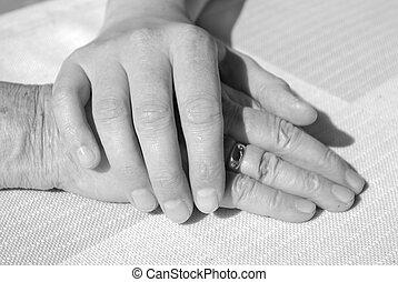 anziano, mani, donna, conforto, giovane