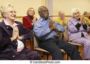 anziano, stiramento, adulti, classe