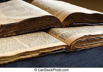 aperto, pages., fuoco., closeup, bible., vecchio, scrittura, ebraico, ebreo, testo, books., selettivo, aperto