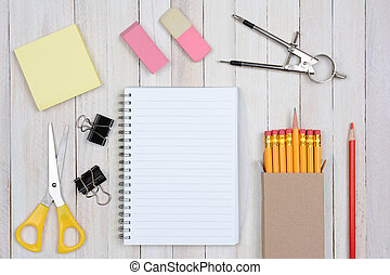 articoli, scrivania scolastica