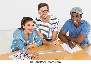 artisti, lavorativo, laptop, ufficio