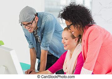 artisti, lavorativo, sorridente, ufficio, computer