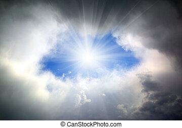 attraverso, buco, sole, nubi, lucente