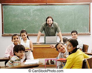 aula, poco, suo, studenti, insegnante, felice