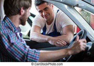 automobile, cliente, felice, secondo, riparazione