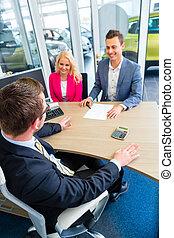 automobile, coppia, negoziare, vendita, contatto