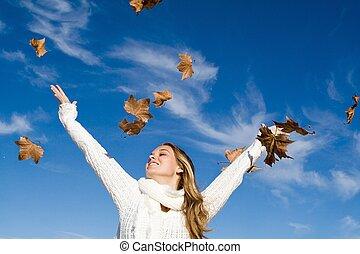 autunno, elevato, donna, braccia, felicità