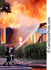 azione, pompieri