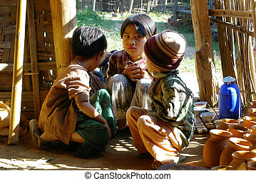 bambini asiatici