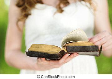 bella donna, bibbia