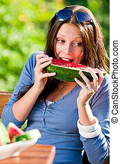 bella donna, mangiare, giovane, panca, melone, fresco