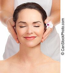 bella donna, prendere, giovane, massaggio facciale