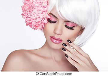 bello, perfetto, donna, femmina, lilla, bellezza, face., trucco, fondo, isolato, manicured, flower., lei, fresco, biondo, terme, skin., ritratto, bianco, toccante, nails.