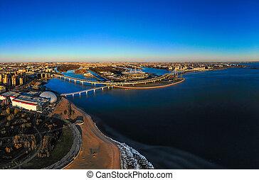 bello, ponte, aereo, città, estate, cima, pedone, golfo, st., -, day., petersburg, stadio, nuovo, arena, drone., soleggiato, autostrada, panoramico, finlandia, russia, zenit, vista