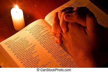 bibbia, luce, preghiera, mani piegate, candela