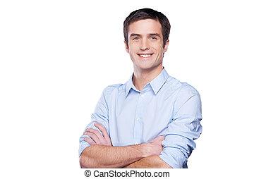 blu, standing, custodia, camicia, businessman., giovane, isolato, dall'aspetto, fiducioso, mentre, macchina fotografica, bracci attraversati, ritratto, bianco, uomo, bello