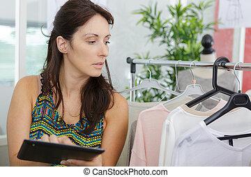 boutique, usando, digitale, proprietario, tavoletta