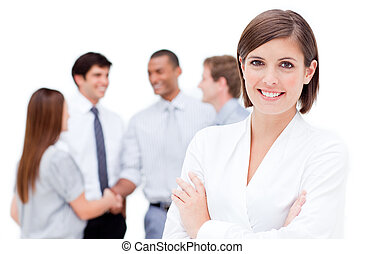 braccia, sorridente, piegato, donna d'affari