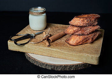 bread, dolce, tipico, zucchero, francese, latte, pane tostato, cannella, battuto, fritto, spagnolo
