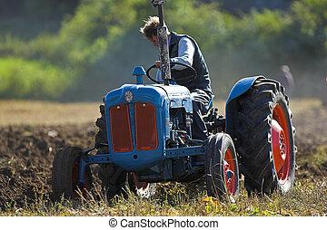 campo, aratura, trattore