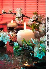 candela, fiori, mandorla