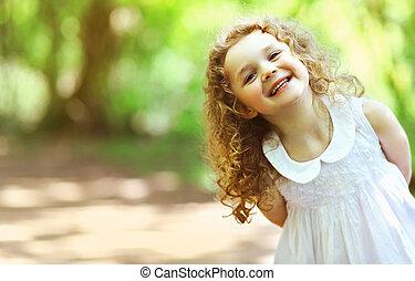 carino, felicità, riccio, splendere, charmant, capelli, ragazza bambino, sorriso