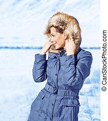 carino, ragazza, esterno, inverno