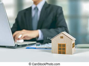 casa, concetto, assicurazione, uomo affari