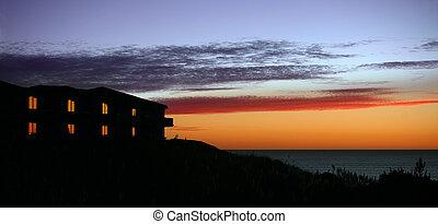 casa, tramonto