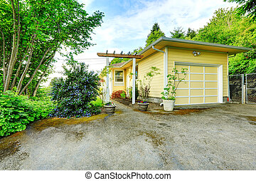 casa, vista, strada privata, exterior., garage