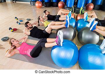 centro, addestramento, gruppo, scricchiolio, palestra, fitball, idoneità