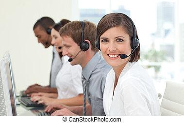 centro, chiamata, agenti, assistenza clienti