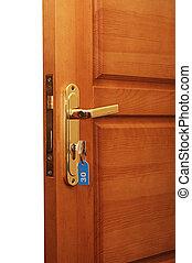 chiavi, porta aperta