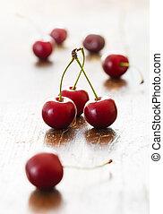 ciliegie fresche, rosso