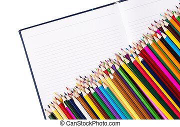 colorare, matite, quaderno, aperto, mazzo