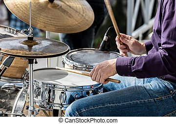 concerto, musicista, mentre, strada, tamburi, mani, durante, gioco