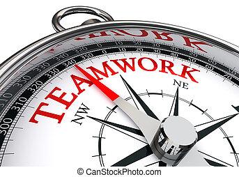 concettuale, lavoro squadra, bussola