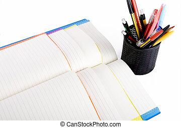 contenitore, quaderni, penna, colore