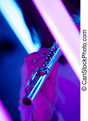 contro, musica, luminoso, flauto, fondo, dita, vento, manifesto, femmina, school., neon, pubblicità, hands., tocco, lights., strumento, chiavi, chiudere, su.