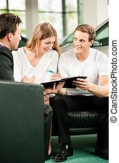 coppia, firmando contratto, vendite
