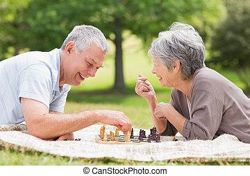 coppie maggiori, parco, scacchi, gioco, felice