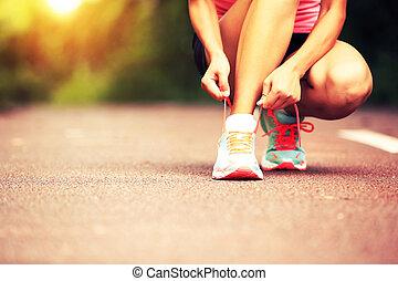 corridore, lacci scarpe, donna, giovane, xx