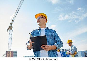 costruzione, hardhat, costruttore, appunti