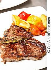 cotto ferri, carne di maiale, bistecca