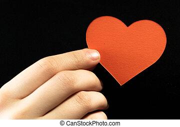 cuore, femmina, toccante, forma, carta, nero, dito, fondo, mani, rosso