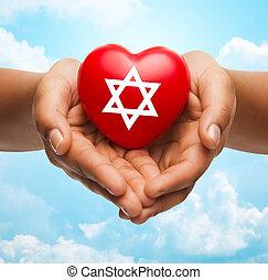 cuore, stella, ebreo, su, tenere mani, chiudere