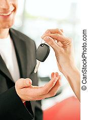dato, essendo, automobile, -, chiave, acquisto, uomo