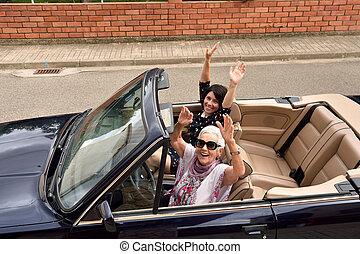 differente, automobile, convertibile, donne, generazioni, felice