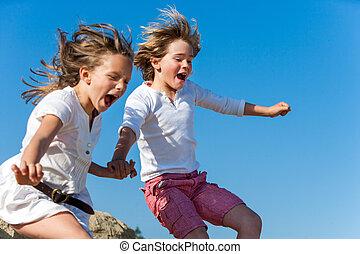 divertimento, gridare, jumping., bambini, detenere